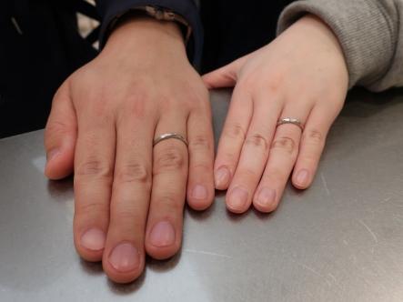 気に入ったデザインの指輪が見つかって良かったです。