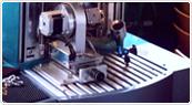 ドイツの鍛造メーカーであるフィッシャー・FISCHERの製造過程のレーザー刻印