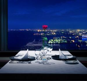 大阪gardenのサプライズプロポーズ スターゲイトホテル関西エアポート