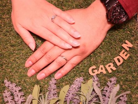 2人共お気に入りの指輪を見つけることが出来ました!