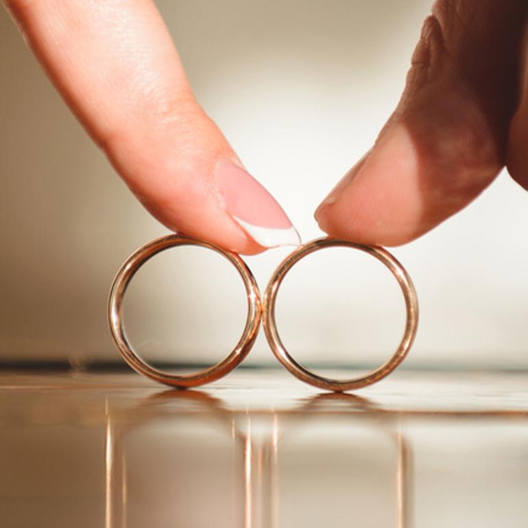 指輪の歪み変形の修理