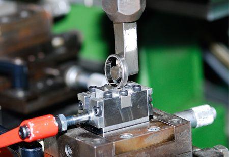 パイロットブライダルの指輪の製造工程5
