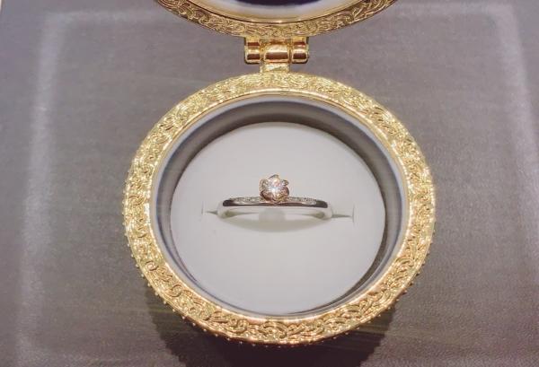 ディズニーシリーズの婚約指輪の正規取扱店はgarden梅田