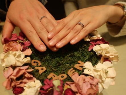 gardenオリジナルの婚約指輪とet.luの結婚指輪 大阪府高槻市