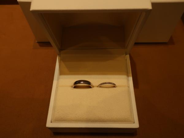 FISCHERとGRACE KAMAの結婚指輪