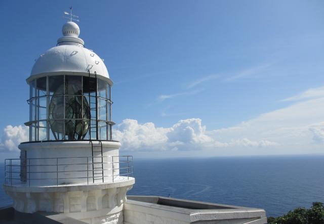 京都でおすすめのプロポーズスポットで経ヶ岬灯台