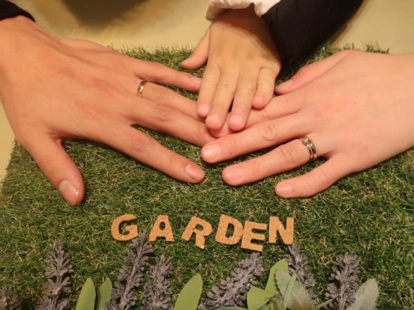 somethingblueとPulitoの結婚指輪