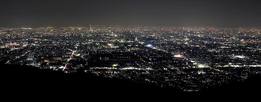 奈良の夜景のなかプロポーズをするなら信貴生駒スカイライン