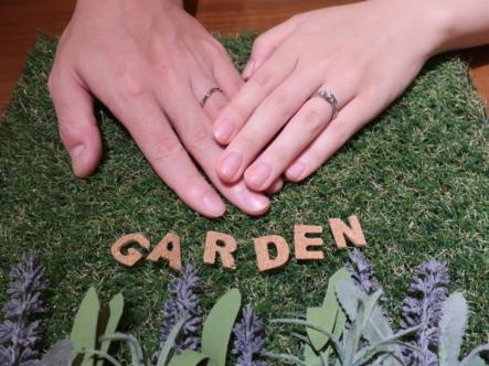 gardenオリジナルの婚約指輪とCANDLEの結婚指輪 大阪府江坂