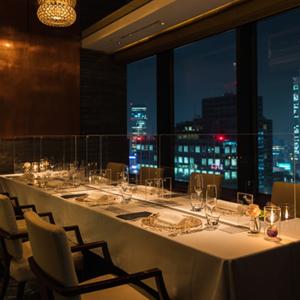 レストランでプロポーズスポット東京