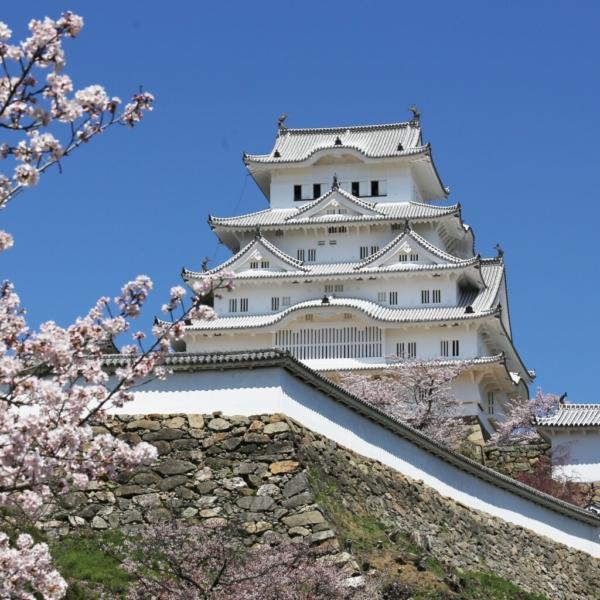 お城・チャペルでプロポーズ 姫路城